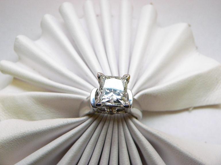 Princess Cut Solitaire Diamond engagement ring Michigan