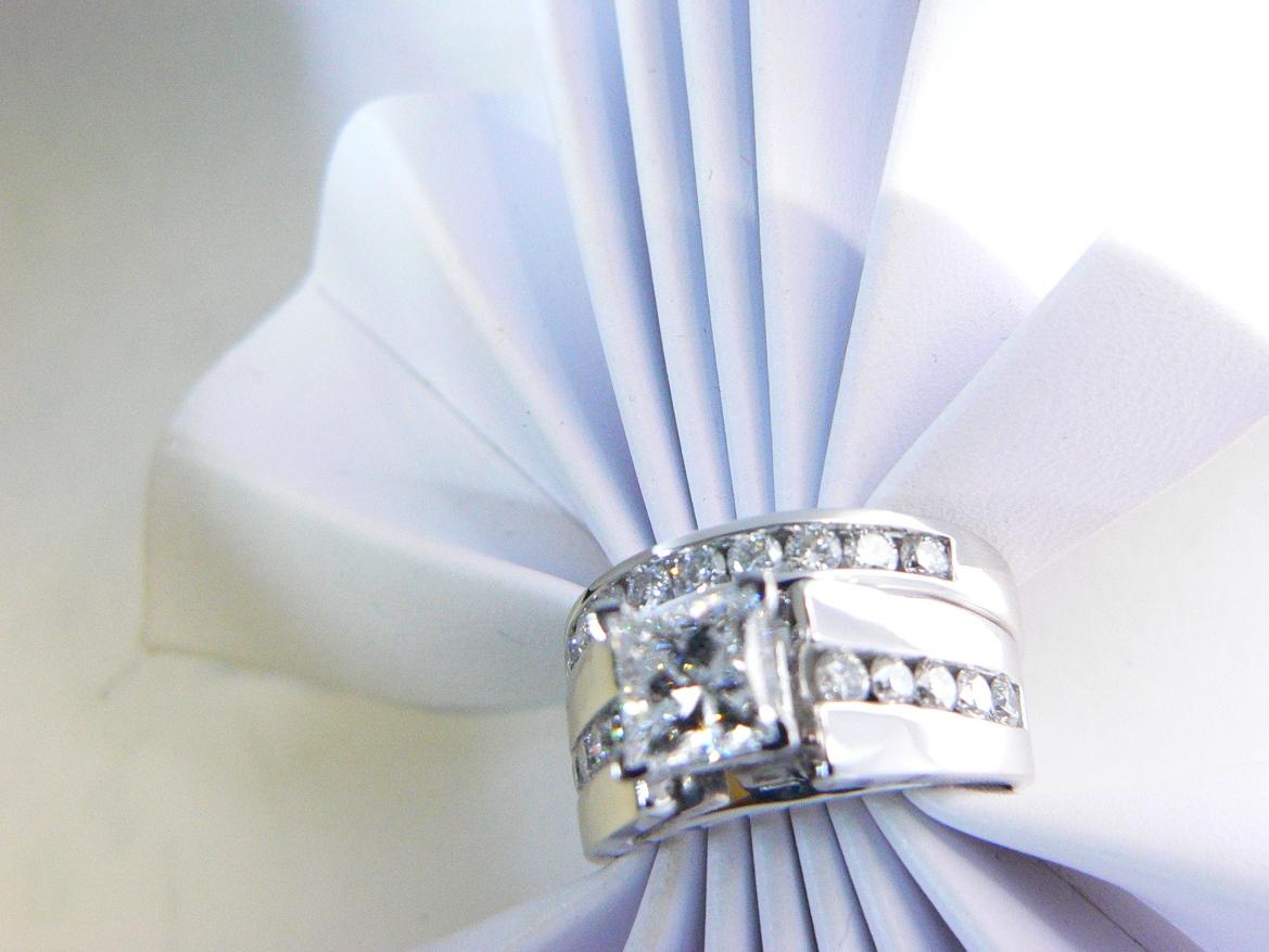 #diamonds-Michigan jewelry store