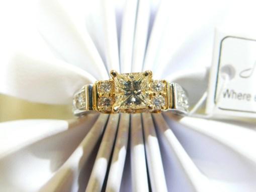 #diamond-platinum-engagement-ring