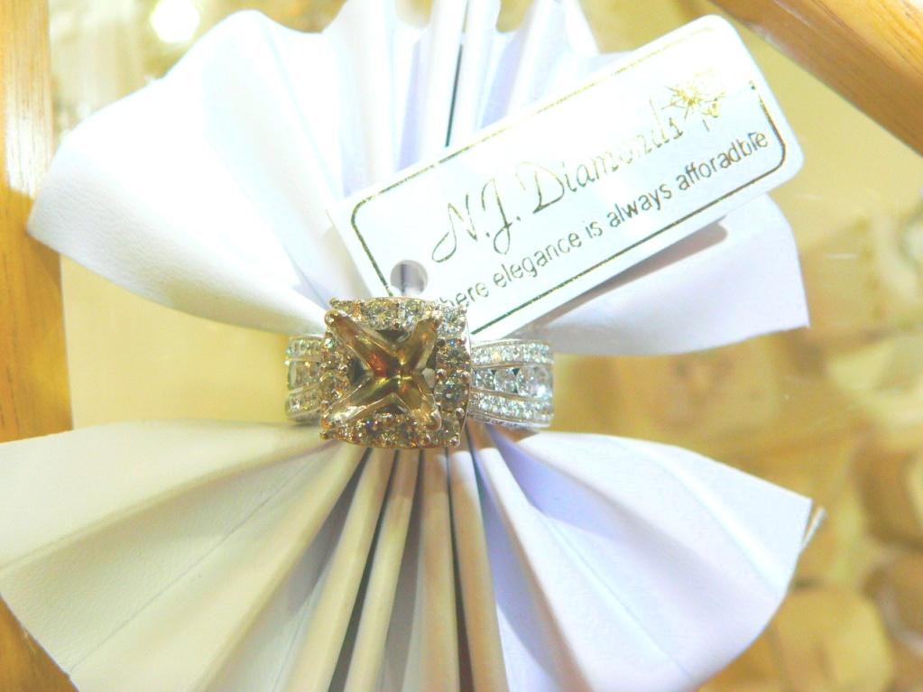 platinum-gold-engagement-ring-#diamondengagementring