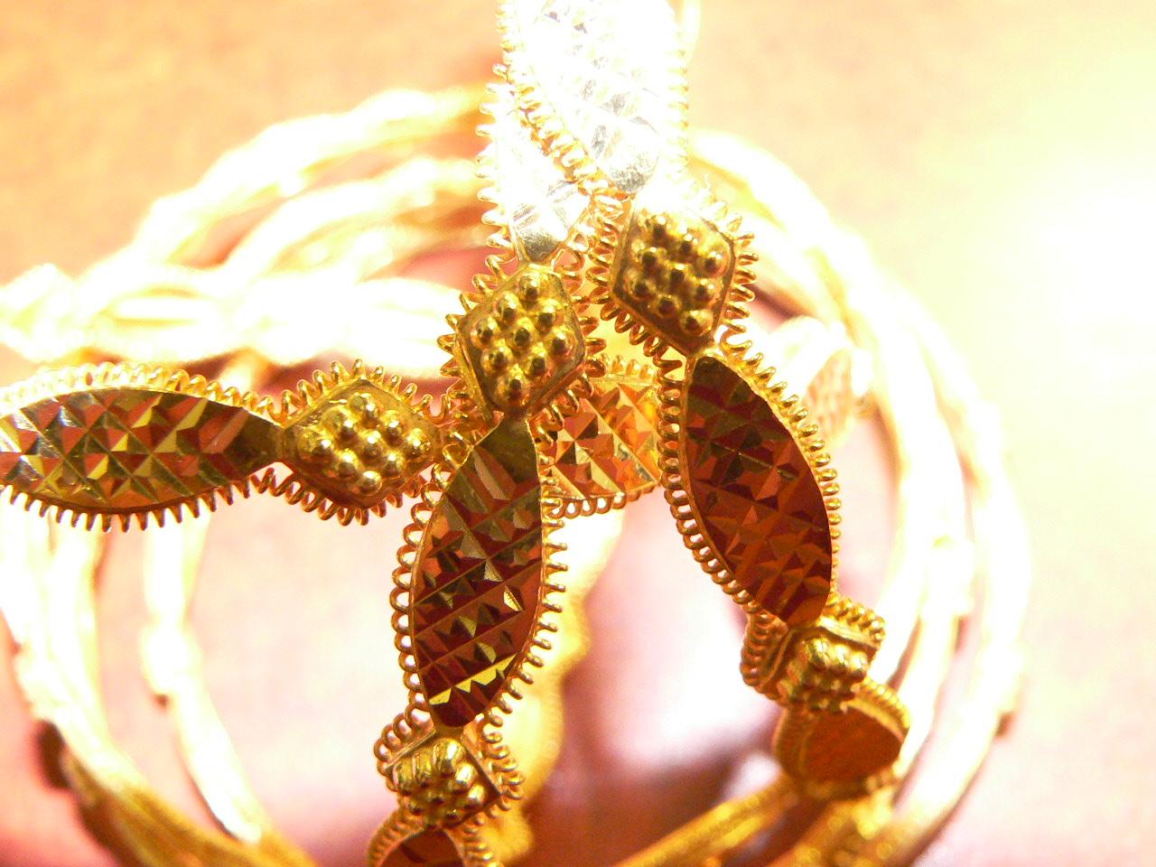 new 21kt gold bangles