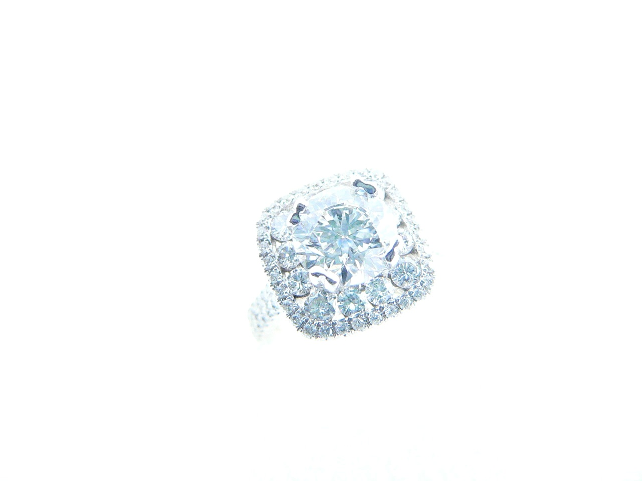 GIA Certified Diamond Center Stone