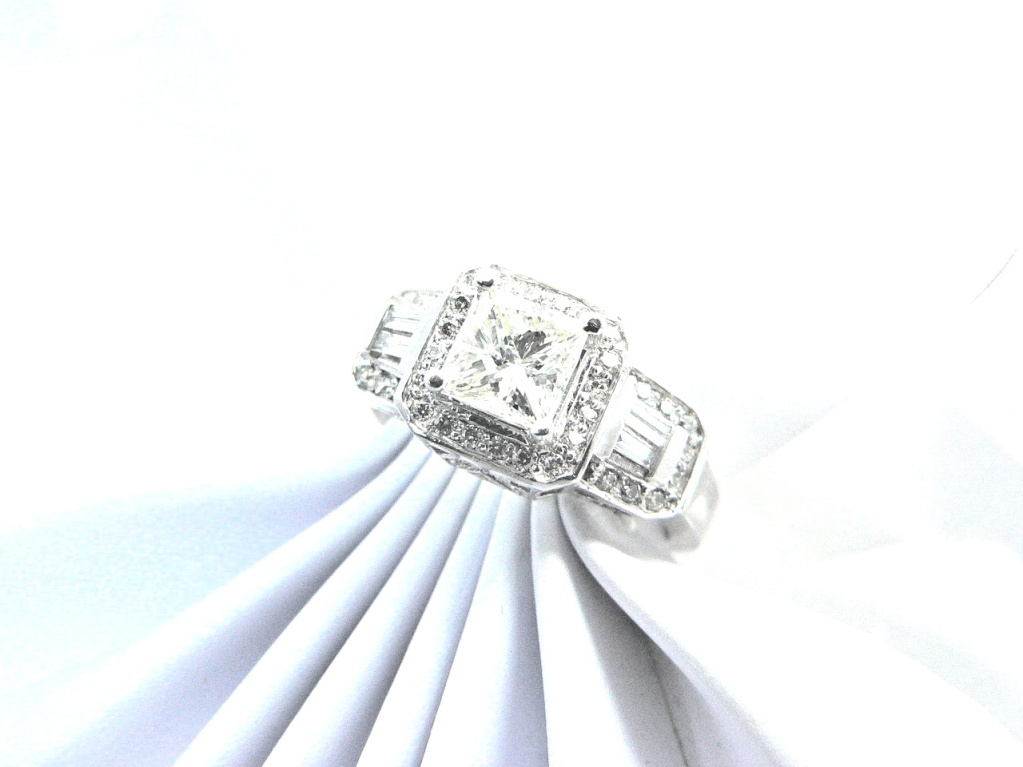 Princess cut diamond engagement ring Michigan