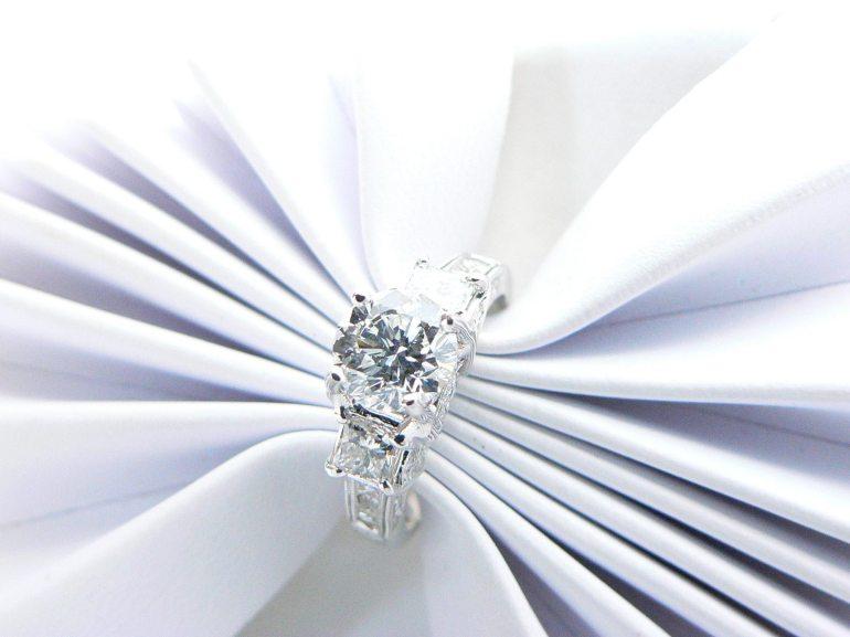 diamond engagement ring Dearborn