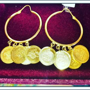 21 karat gold earrings