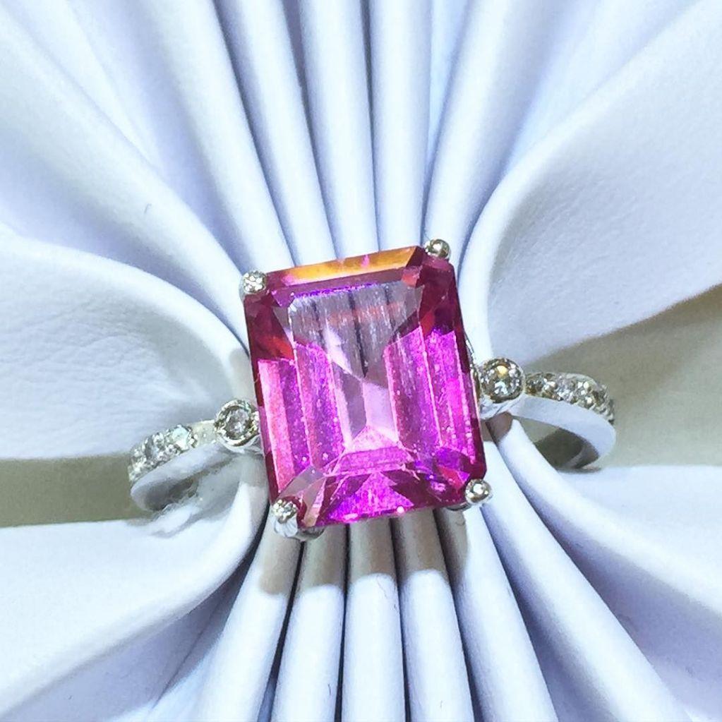 Diamond Jewelry Michigan GIA certified diamonds