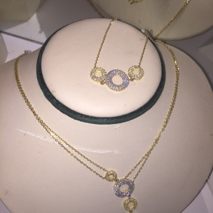 New 18kt gold sets