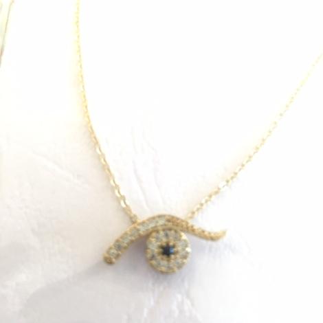 18 karat gold eye charm