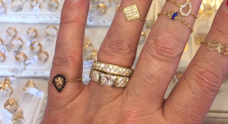 string-chain ring Michigan 18kt ring